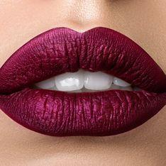 Après avoir utilisé un rouge à lèvres de contrefaçon, sa bouche entière s'infecte (Photos)