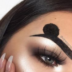 Les sourcils Mickey existent et on adore ça (Photos)