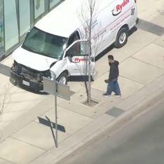 A Toronto, une camionnette fonce dans la foule en faisant 10 morts et 15 blessés