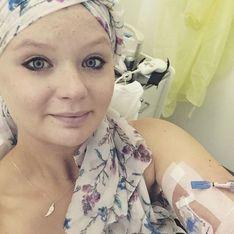En pensant être enceinte, elle découvre que c'est une tumeur qui grossit dans son ventre