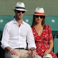 Pippa Middleton, sublime future maman dans une longue robe rouge à Roland-Garros