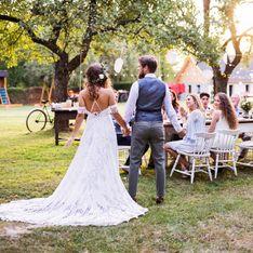 Gartenhochzeit: 11 Dinge, die ihr über die entspannte Hochzeit zuhause wissen müsst