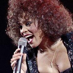 Whitney Houston, violée par sa cousine étant enfant ? Sa mère brise le silence