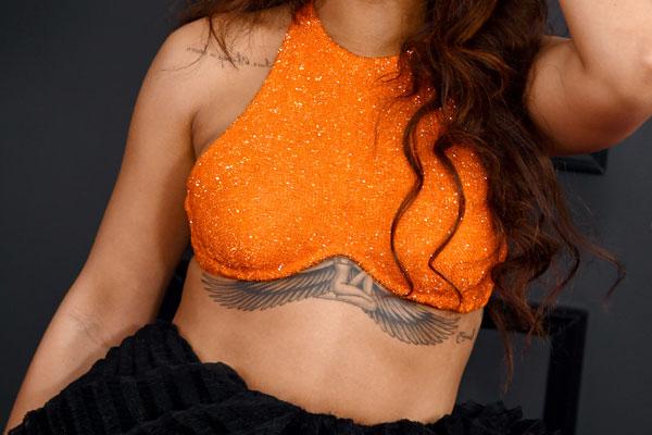 Tattoos bei frauen brust 110 Beste