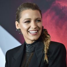 Blake Lively ose le top transparent et attire tous les regards à New York