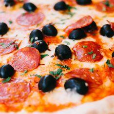 Ils se tatouent le logo Dominos pour des pizzas gratuites à vie (Photos)