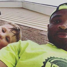 Aperçu avec des enfants blancs, ce baby-sitter noir est arrêté par la police