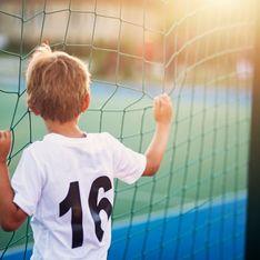 Parce qu'il est transgenre, ce garçon de 9 ans est exclu de son club de foot