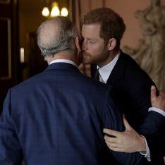 Cette photo du prince Charles jeune prouve que le prince Harry est bien son fils