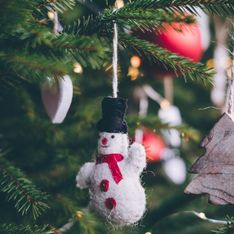 5 árboles de navidad originales para casas con poco espacio