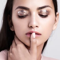 Silvester-Make-up schminken: So gelingt der Glamour-Look