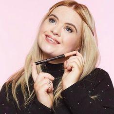 Porteuse de trisomie 21, cette jeune femme est ambassadrice d'une marque de cosmétique