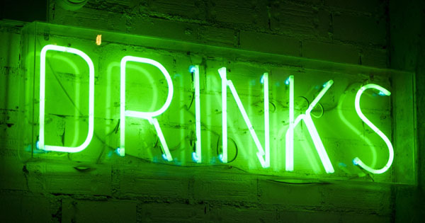 Stilvoll-ohne-Die-besten-alkoholfreien-Getr-nke-f-r-Erwachsene