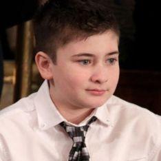 À 11 ans, ce petit garçon victime de harcèlement à cause de son nom de famille a reçu une médaille