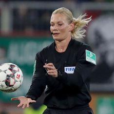 L'Iran censure un match de foot arbitré par une femme
