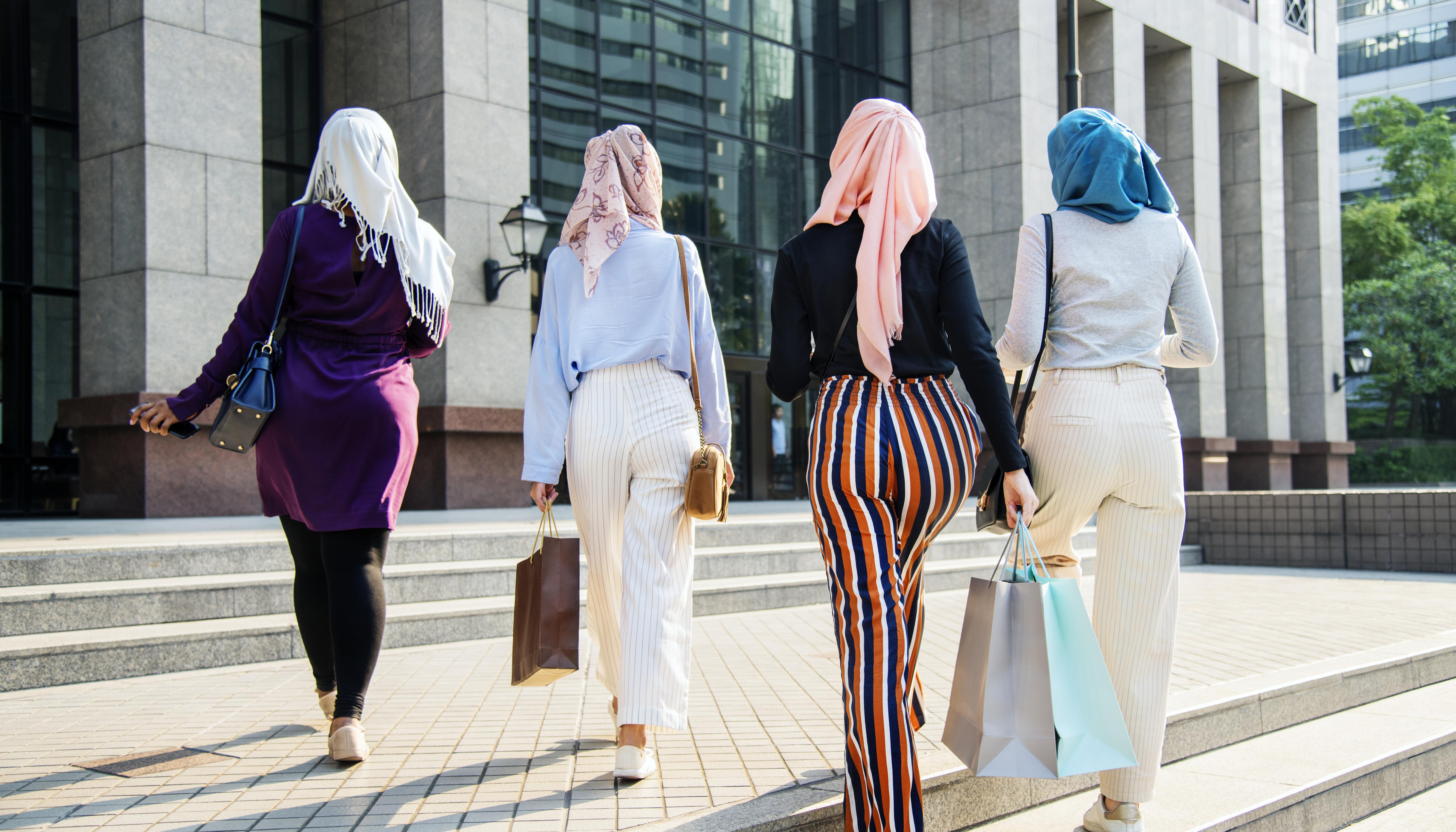 Algérie : Une campagne a été lancée contre le port du hijab