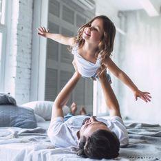 Cette petite fille vit des aventures dingues grâce aux mises en scènes de son papa !