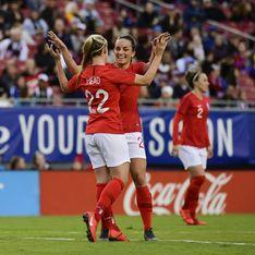 L'équipe américaine féminine de football réclame l'égalité salariale