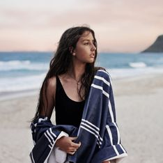 La serviette de plage: y penser avant l'été