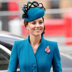 Réunie avec le prince Harry, Kate Middleton rayonne dans un look bleu canard