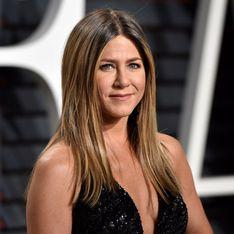 Canon ! Jennifer Aniston pose topless pour le Harper's Bazaar