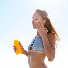 Anti-Sand-Creme & Co: Diese Produkte lösen alle Sommerprobleme