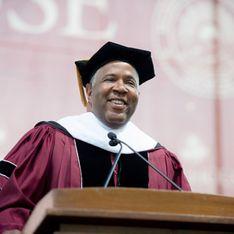 Un milliardaire Afro-Américain rembourse les prêts étudiants de toute une promotion