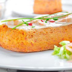 ¿No sabes qué llevar a una cena con amigos? Apuesta por un pastel de atún delicioso y, ¡rápido!