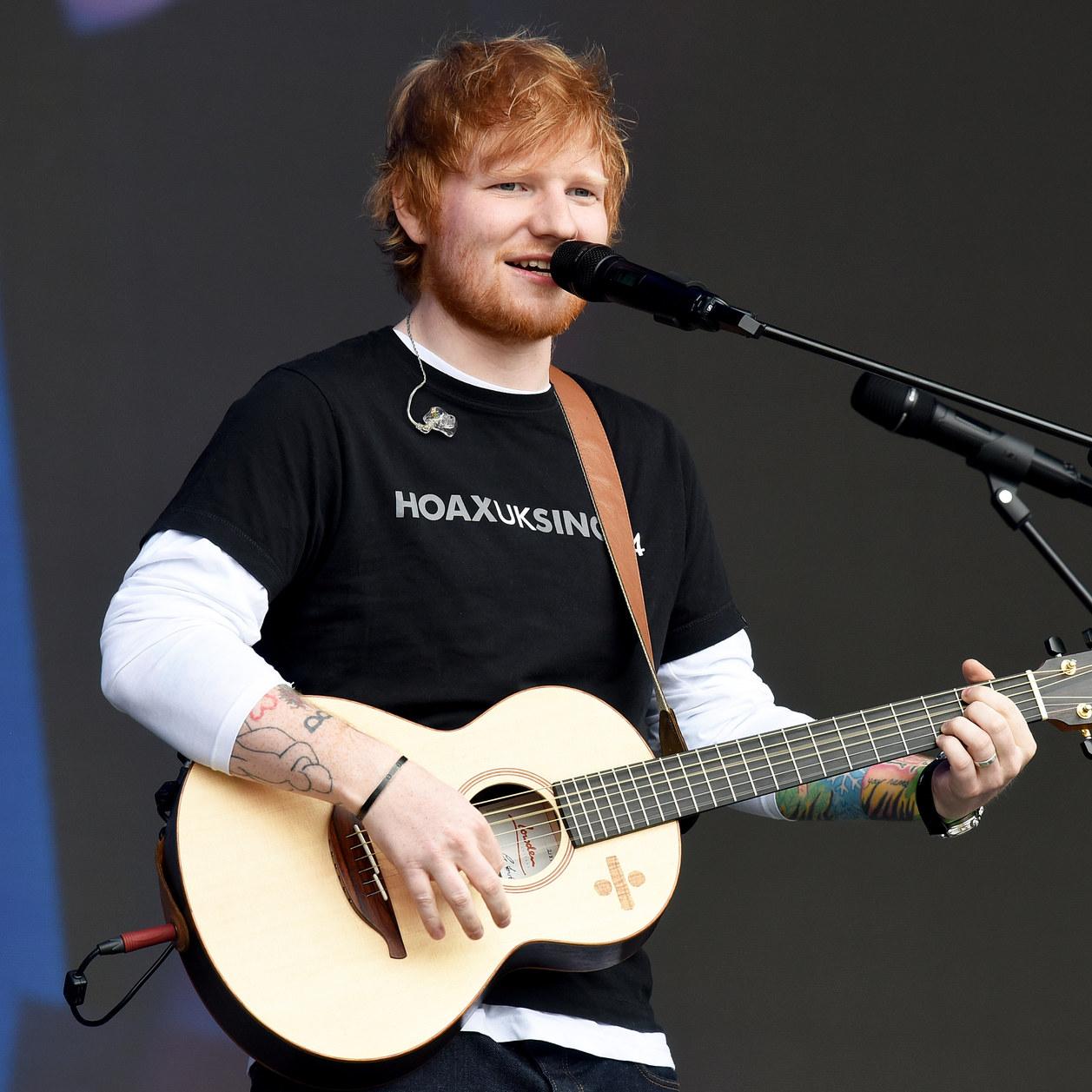 A Lyon, Ed Sheeran fait une visite surprise à des enfants malades