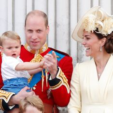 Prince Louis, la véritable star de la famille royale britannique qui amuse la galerie (vidéo)