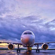 Une femme se retrouve complètement abandonnée à bord d'un avion