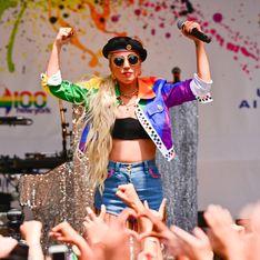 Lady Gaga fait une apparition surprise à la Gay Pride de New York avec un message poignant (photos)