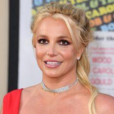 Britney Spears, rayonnante au bras de son chéri sur le tapis rouge