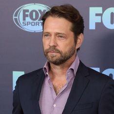Dévasté, un acteur de Beverly Hills se confie sur le tournage de la série sans Luke Perry
