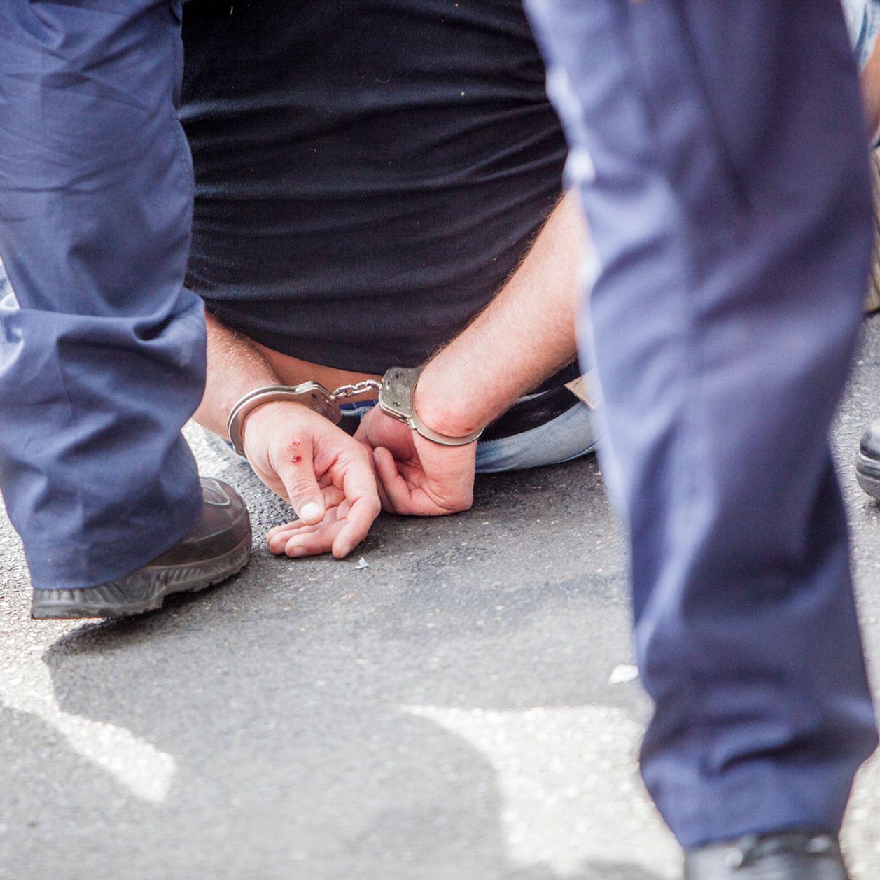 Féminicide : une femme de 71 ans poignardée en pleine rue, son mari en garde à vue
