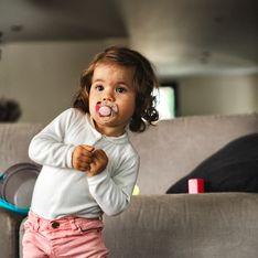 Comment faire arrêter la tétine à son enfant ? Les parents danois ont LA solution