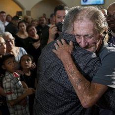 Après la tuerie d'El Paso, des centaines d'anonymes viennent soutenir un veuf éploré
