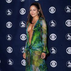 19 ans après, Jennifer Lopez réenfile la cultissime jungle dress et affole la Toile