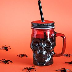Halloween-Bowle: 4 genial-gruselige Rezepte für eure Party