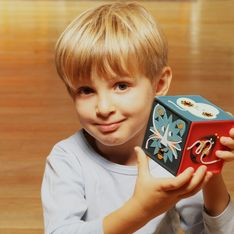 Lunii, Storikid, Conteuse merveilleuse, Bookinou : Quelle boîte à histoires choisir pour mon enfant ?