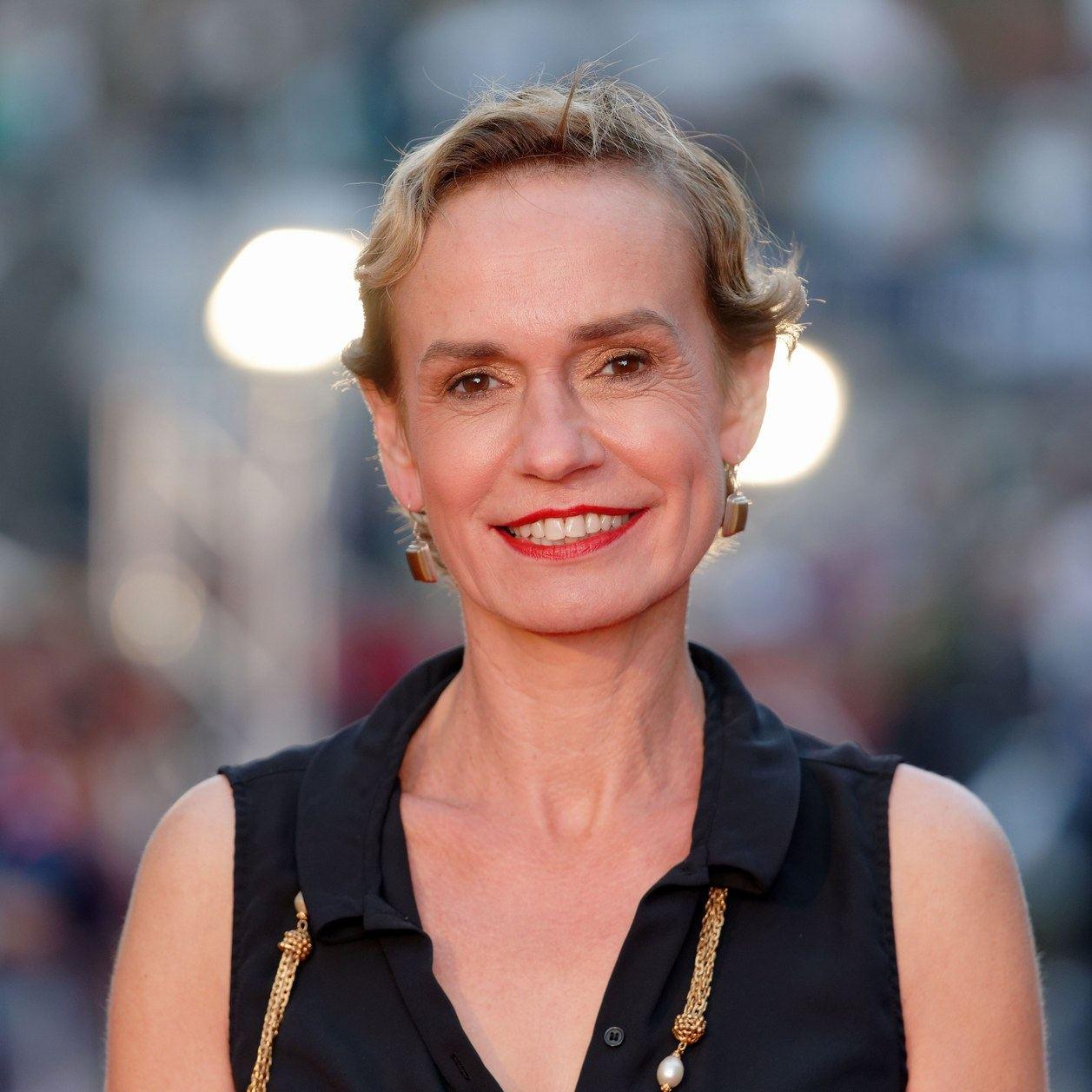 Battue par son ex-conjoint, Sandrine Bonnaire livre un témoignage glaçant
