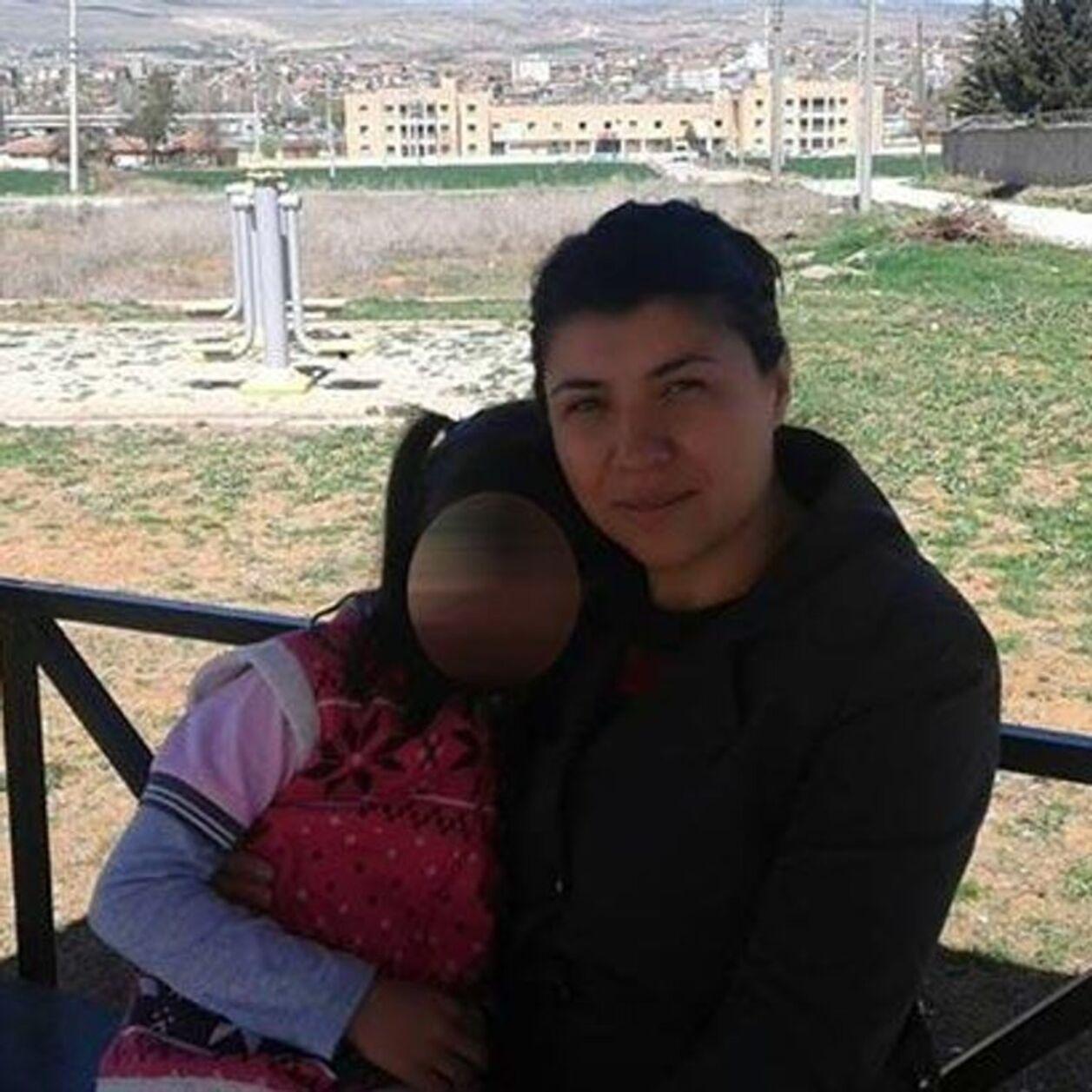 Féminicide : prison à vie pour l'homme qui a tué Emine Bulut