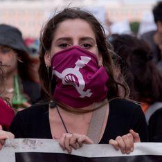 Duerme tranquila, niña inocente: la marea feminista chilena que canta contra el machismo