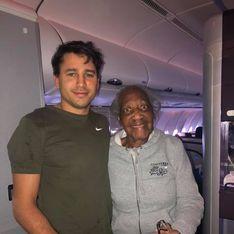 Passager de première classe, il laisse sa place à une inconnue de 88 ans sur un vol long courrier
