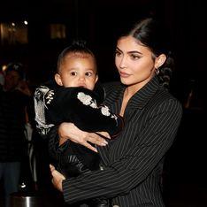 Pour sa première collection 2020, Kylie Jenner collabore avec sa fille Stormi et on a hâte de voir le résultat !