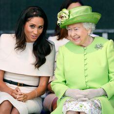 Elizabeth II soutient le choix de Harry et Meghan et leur accorde une période de transition