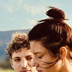 Adèle Exarchopoulos et Niels Schneider sont poignants dans le film Revenir