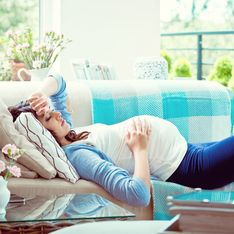 Mal di testa in gravidanza: cause, sintomi e rimedi naturali all'emicrania