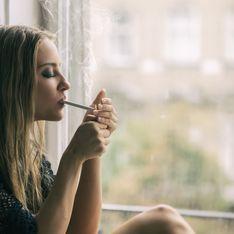 Une femme gravement brûlée en fumant après avoir mis du déodorant