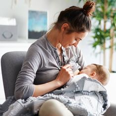 ¿Es necesario evitar algún alimento durante la lactancia materna?